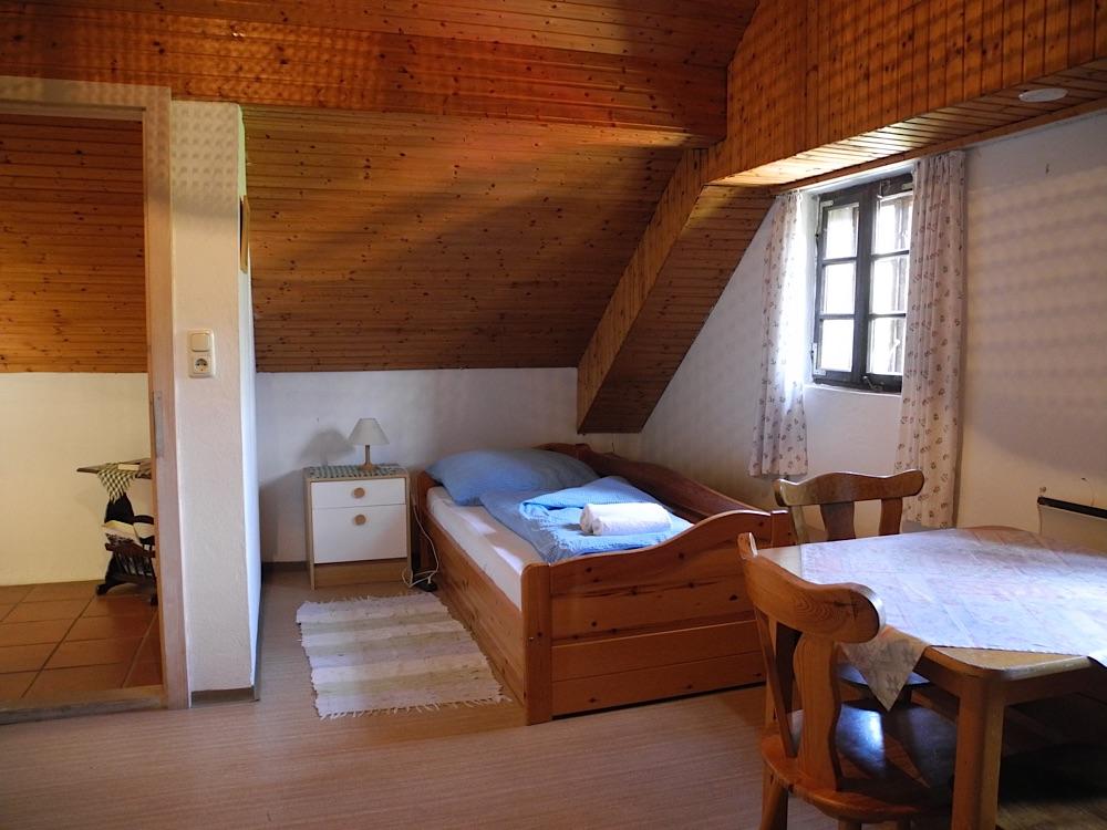 Mansarde 3-Bett-Zimmer 2